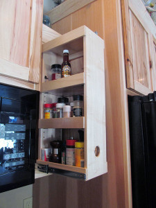 Custom rollout in kitchen cabinet
